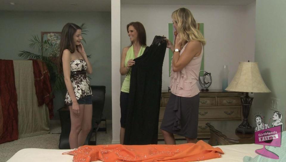 Web Exclusive, Scene 1469 Amber Chase Brenda James - Girlfriends Films