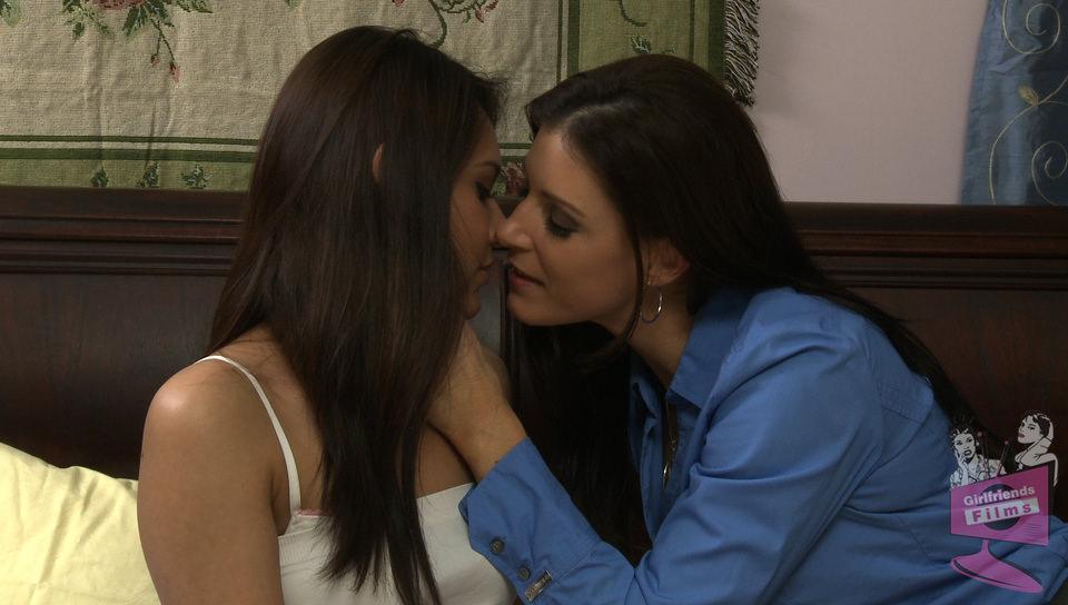 Lesbian House Hunters #07, Scene #03 - Girlfriends Films