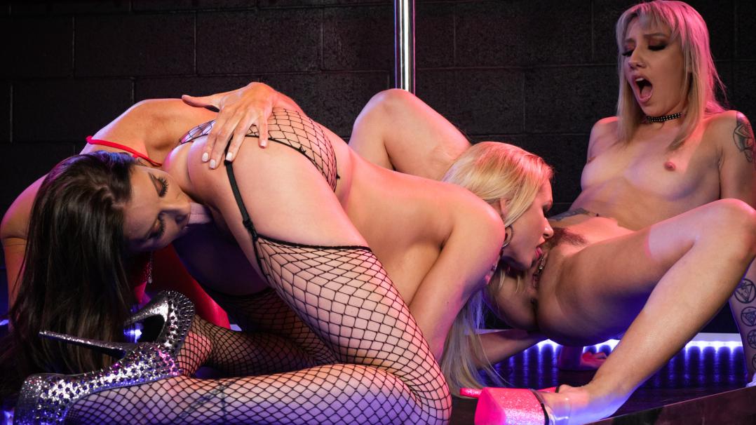 The Lesbians Show 4k - Intimate Lesbians