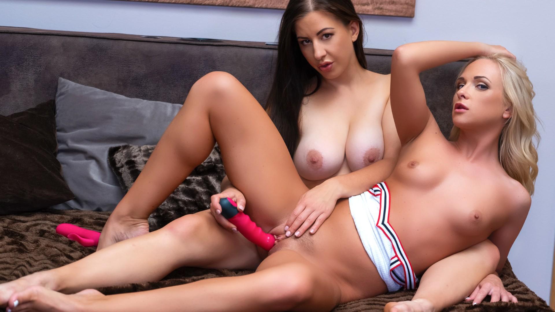 Horny girlfriends erotic tryst - Lesbea