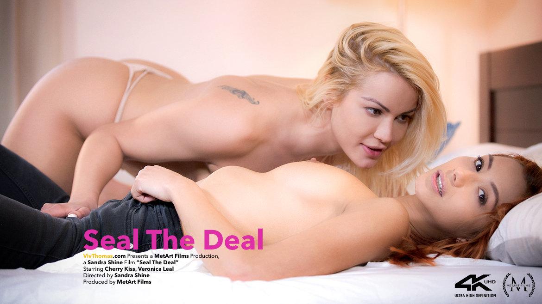 Seal The Deal - Viv Thomas