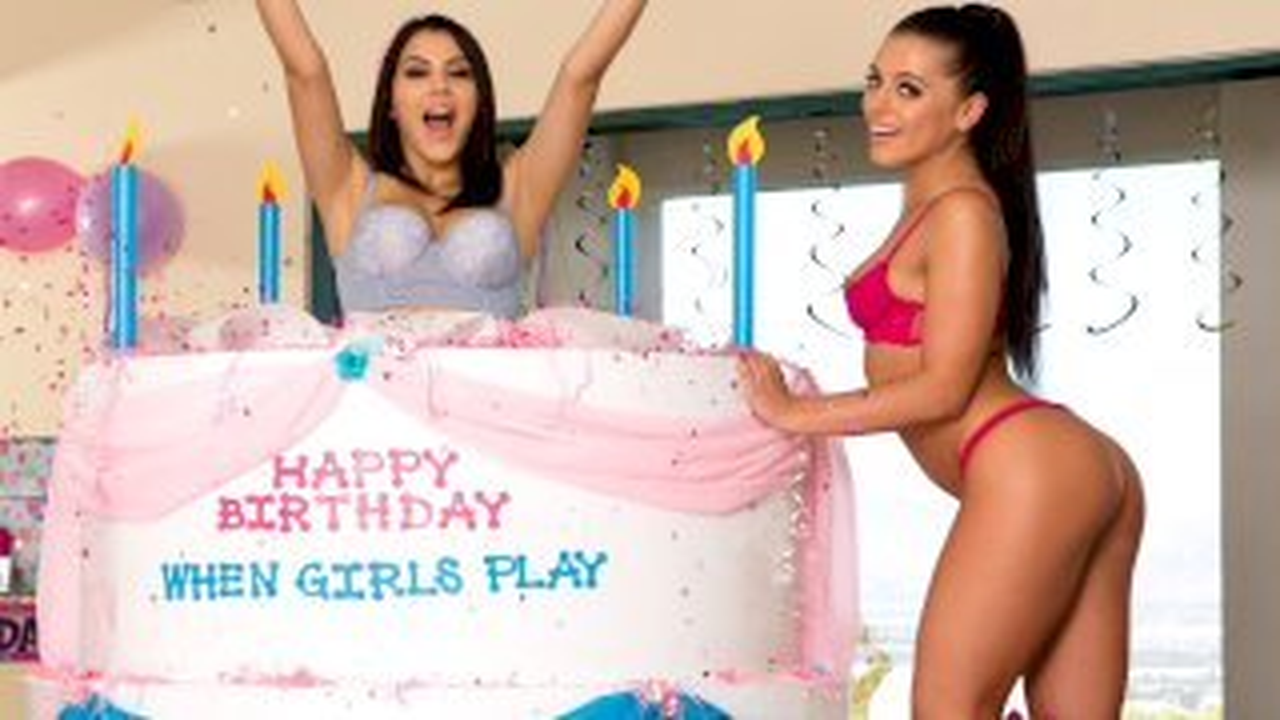When Girls Play Birthday! - LezdomBliss